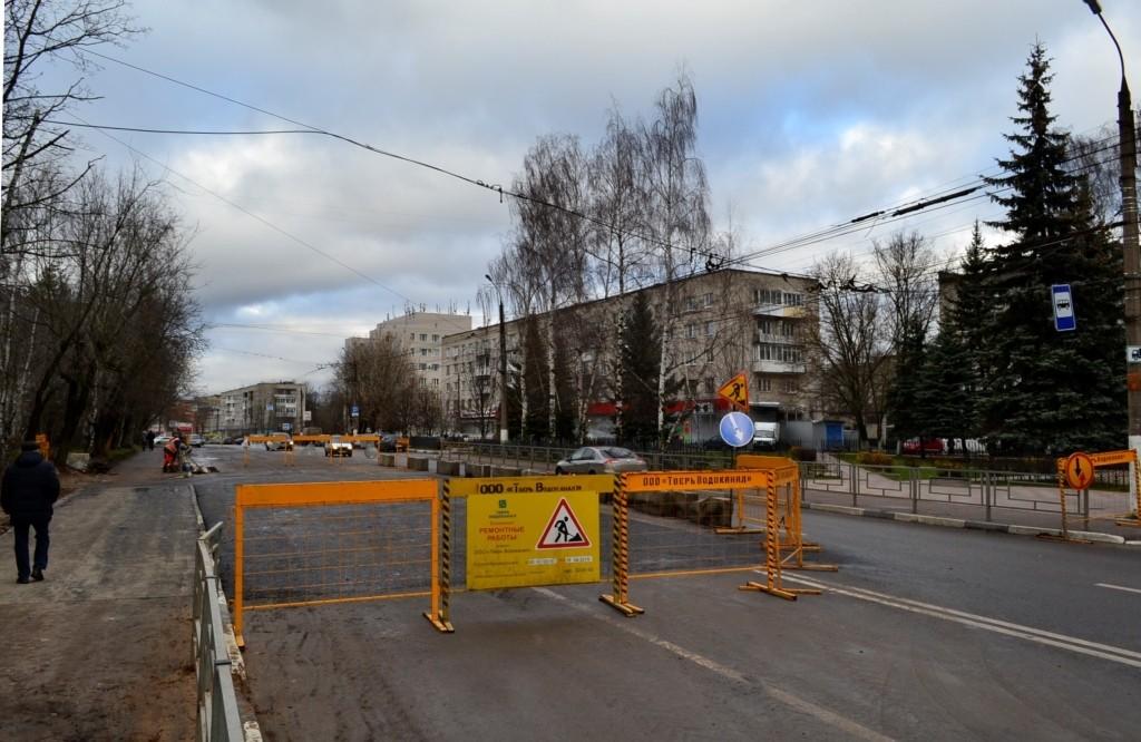 В Твери завершили ремонт коллектора на проспекте Победы