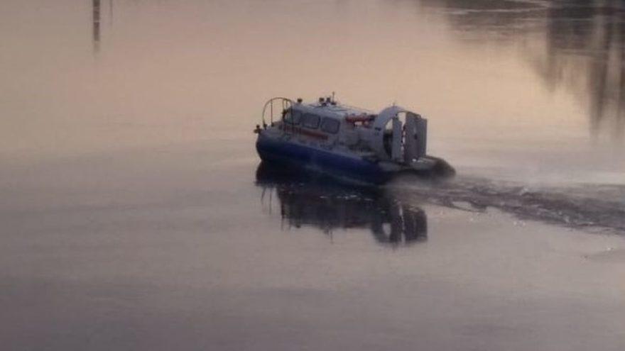 В Конаково два человека провалились под лёд