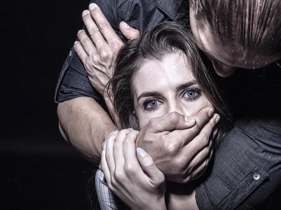 Житель Тверской области дважды изнасиловал женщину и напал на сотрудника СИЗО