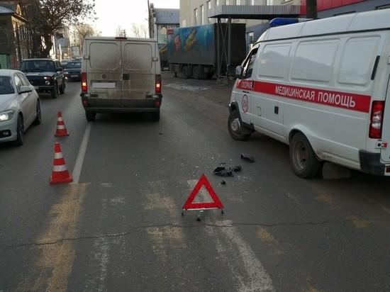 В Тверской области женщина на «зебре» попала под колеса фургона