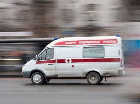 В Тверской области на М-11 мужчина погиб под колесами автомобиля