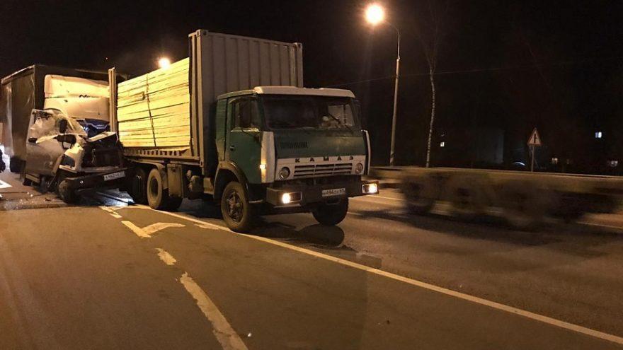 Авария в Тверской области: водитель получил серьезные травмы