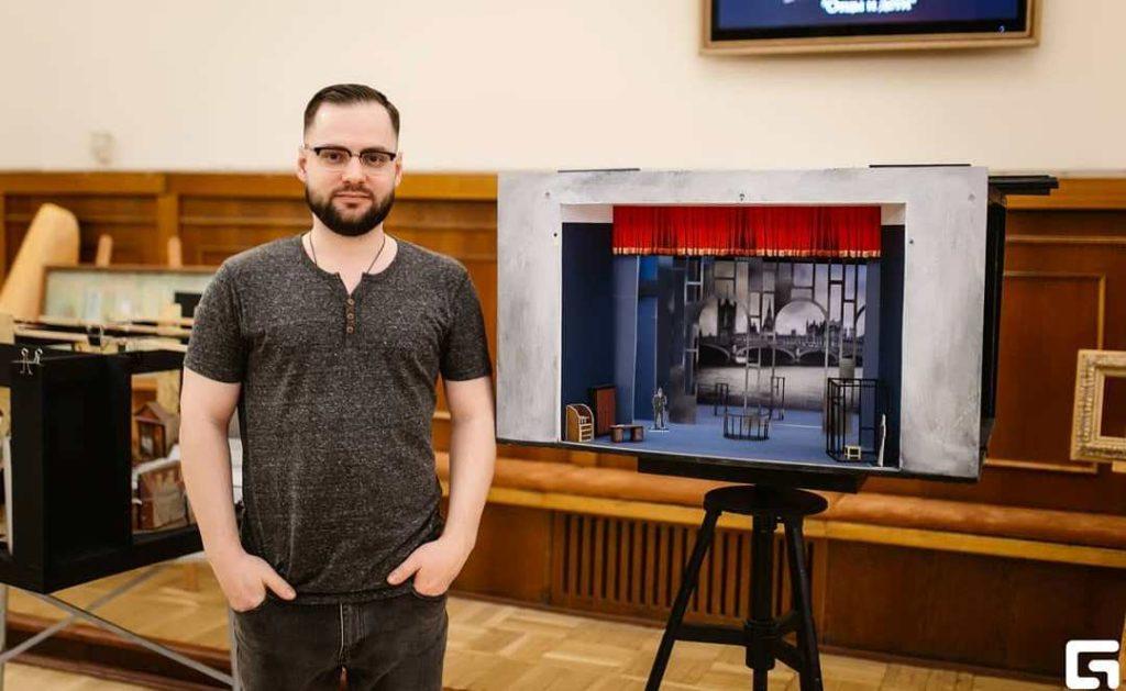 В Твери можно встретиться с театральным художником