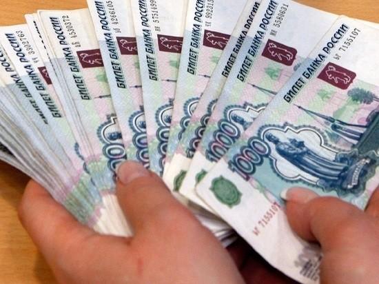 Мужчина получил от жительницы Тверской области мобильником по лбу