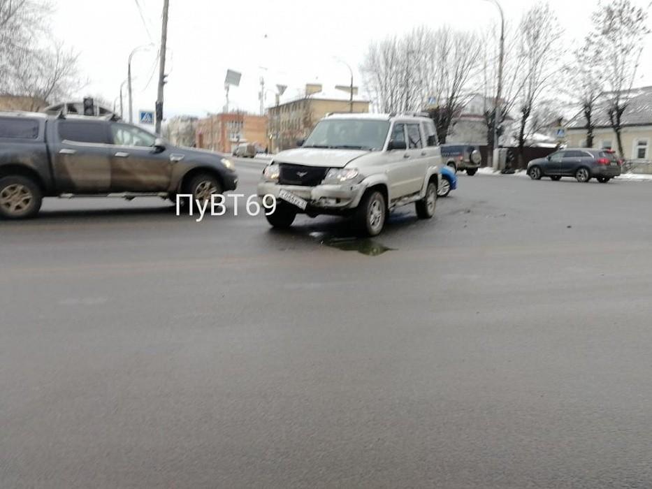 В Твери в ДТП пострадал 71-летний мужчина