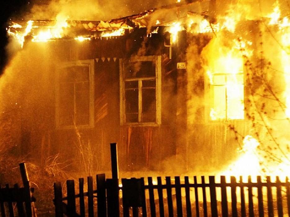 В Тверской области в жилом доме сгорел 54-летний мужчина