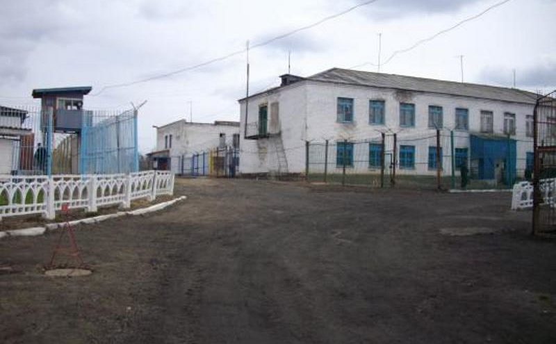 Дело осужденного, напавшего на сотрудника колонии, передано в суд Тверской области