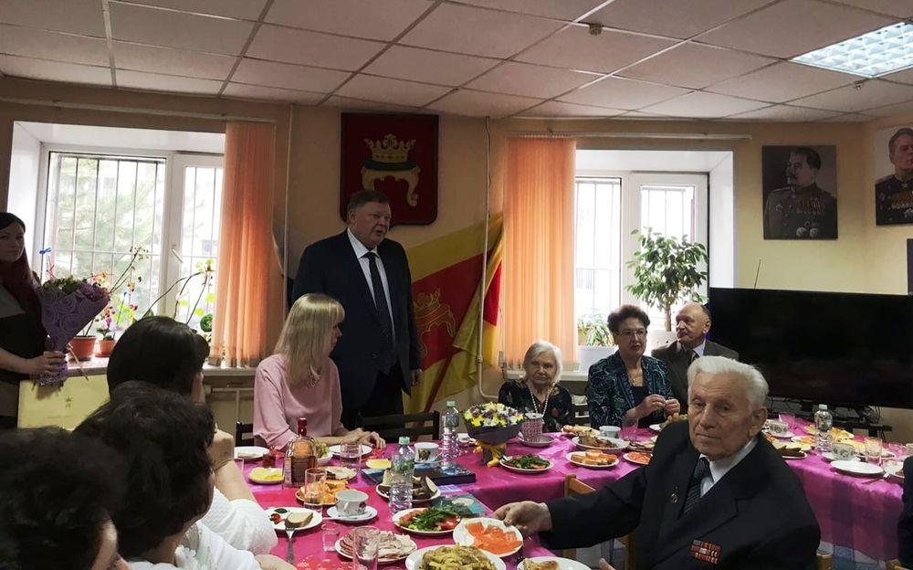 В Твери ветеранов поздравили со «Старым Новым годом»