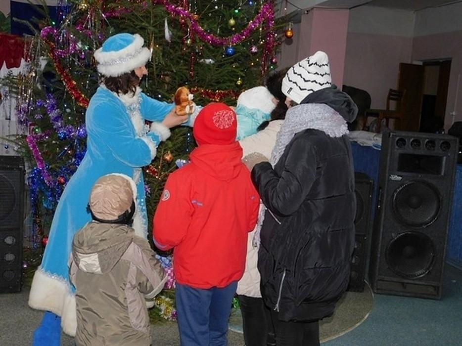 В Оленинском районе собрали подарки для нуждающихся