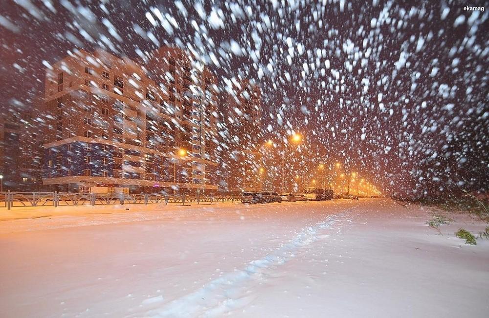 Зима наступает: житель Твери запечатлел приближение метели