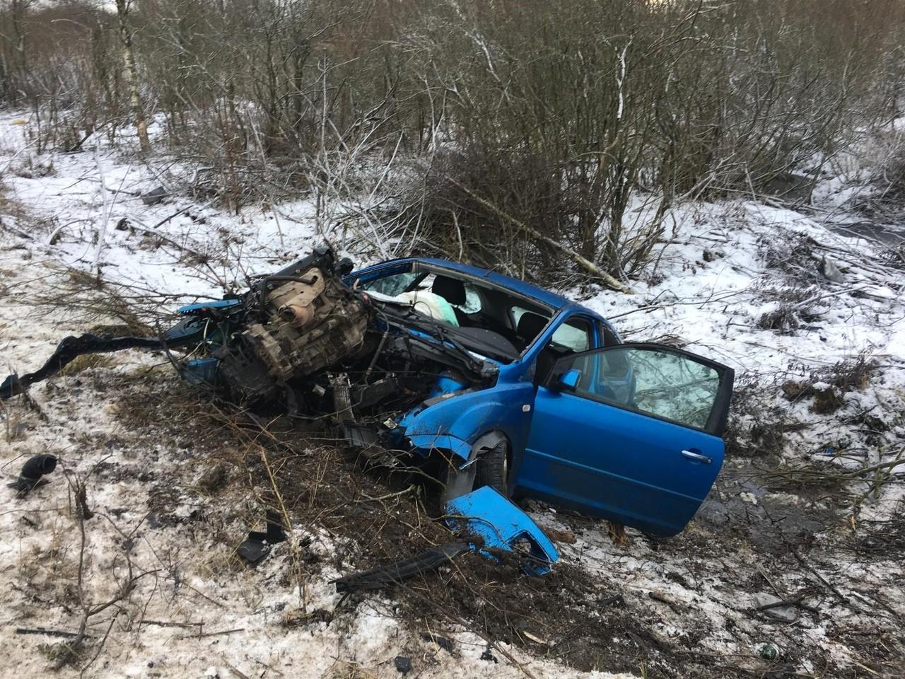 Из-за превышения скорости в Тверской области пострадали три человека ФОТО