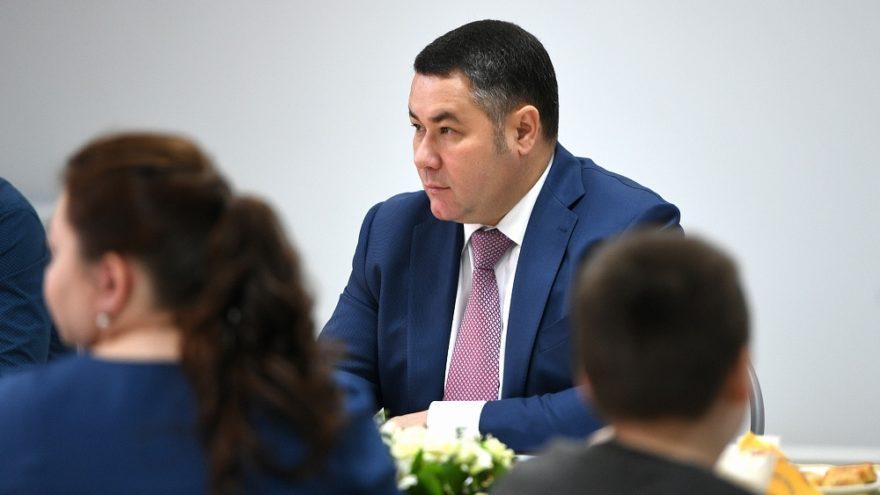Поручение проработать вопрос обеспечения учеников из многодетных семей обедами вошло в рейтинг «Петербургская политика»