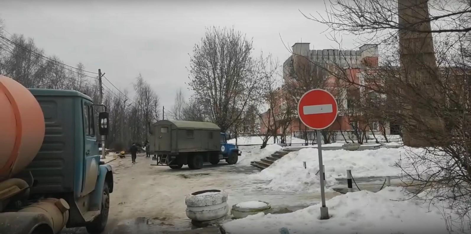 Канализация и театр: утечка угрожает искусству в Тверской области