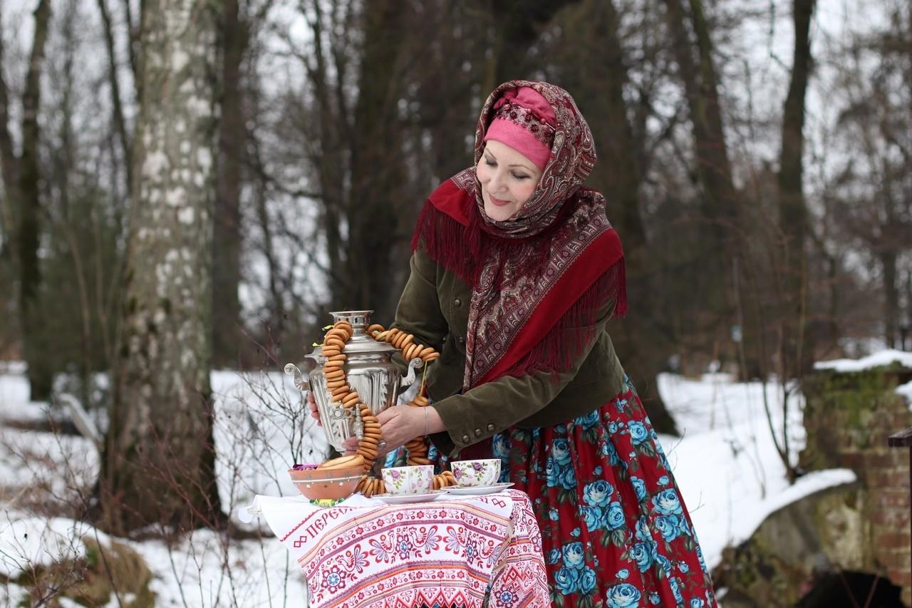 В Твери Адель Ивановна уже напекла блинов