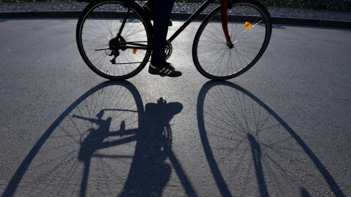 В Калининском районе похититель велосипеда далеко не уехал