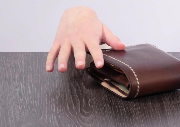 Тверитянин оставил кошелек на прилавке и спровоцировал пенсионерку на кражу