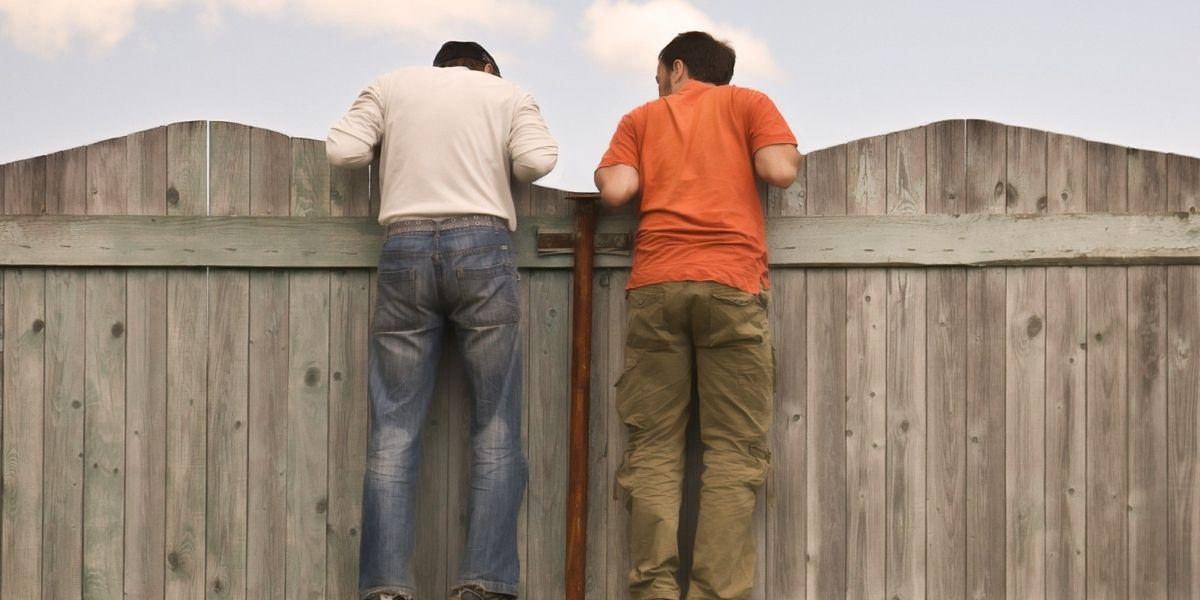 Двое молодых жителей Тверской области позарились на металл с приусадебного участка