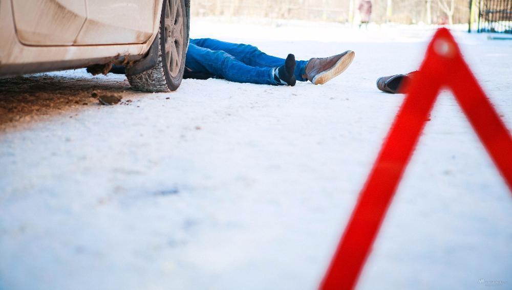 Группа розыска  ГИБДД ищет очевидцев наезда на девушку в Твери