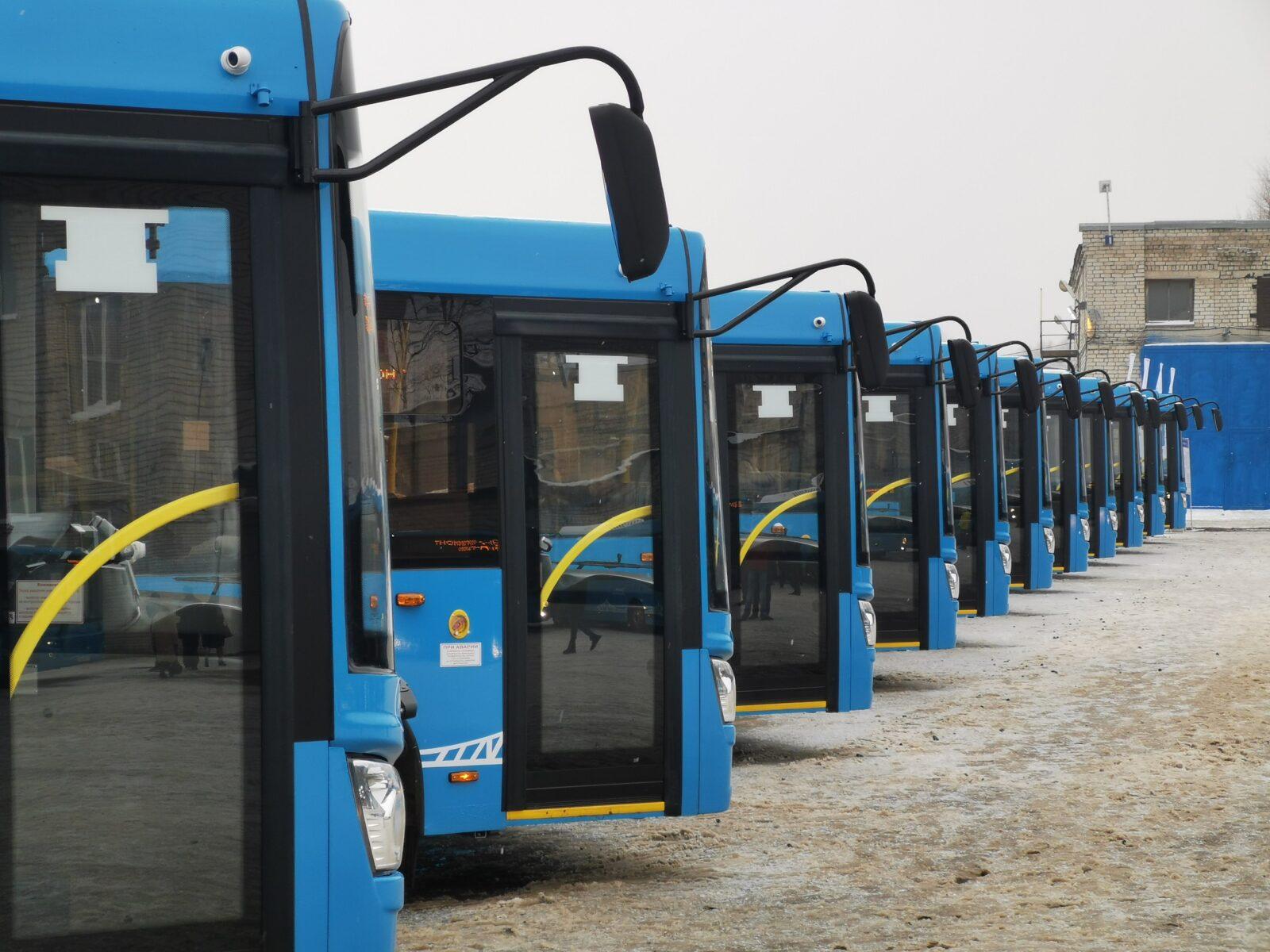 В Твери продолжается набор водителей с зарплатой от 45 тысяч рублей