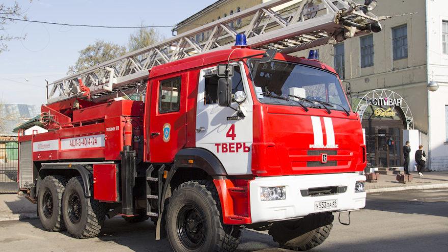В Твери во время пожара на проспекте Победы погиб человек