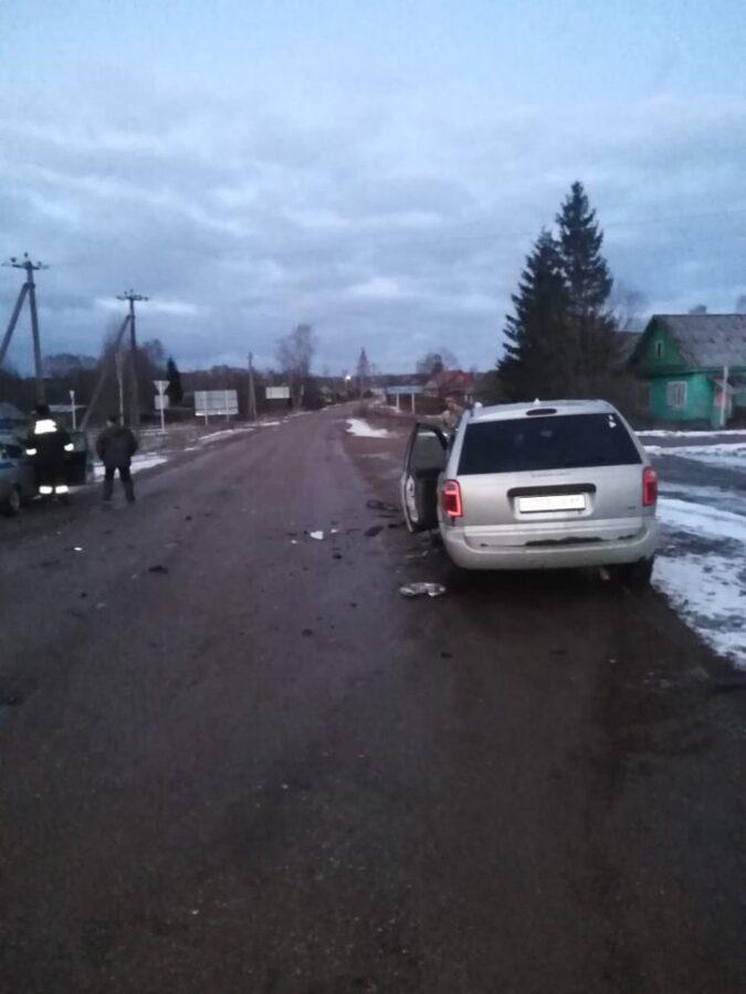 В Тверской области пьяный водитель попал в ДТП, есть пострадавшая