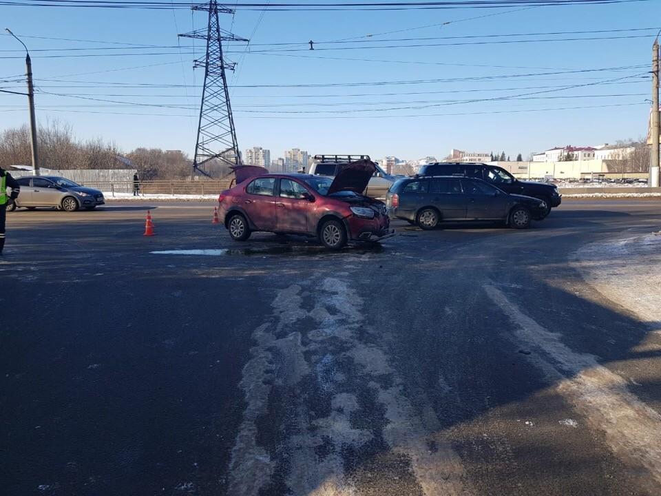 В ДТП на Волоколамском проспекте в Твери пострадала новорожденная девочка