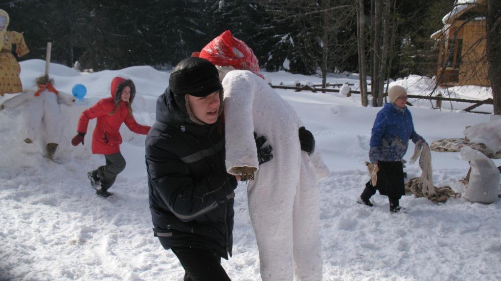Жителей Тверской области приглашают сжечь чучело в окружении таежной природы