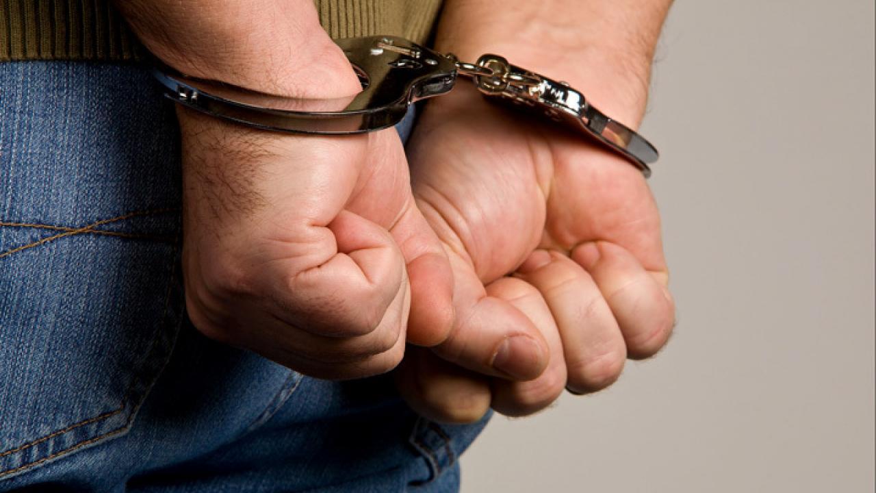 25-летнему рецидивисту из Тверской области грозит до шести лет за кражу