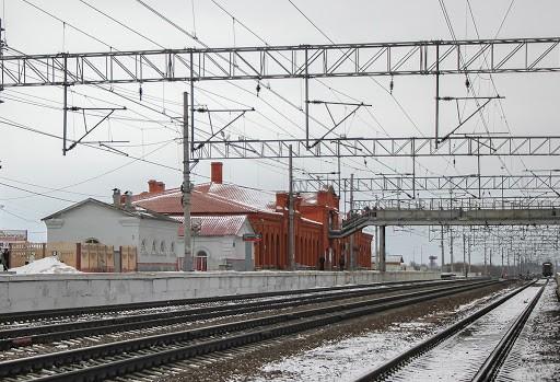 Девушка в Тверской области лишилась ноги, попав под поезд