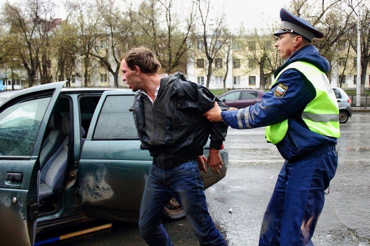 Жителя Тверской области оштрафовали за неповиновение инспектору ДПС