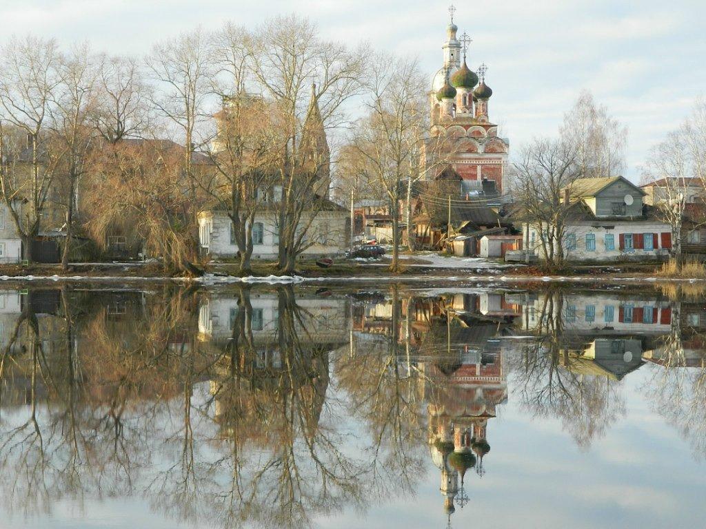 Весной самая большая любовь бывает в Осташкове Тверской области