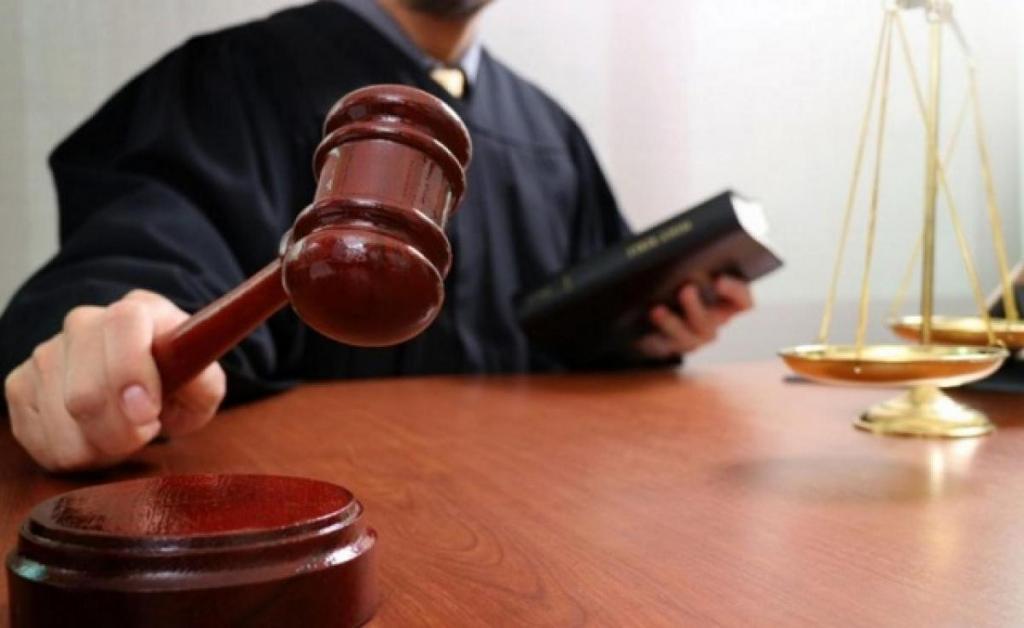 Жителю Твери грозит 15 лет за то, что убил приятеля из-за женщины