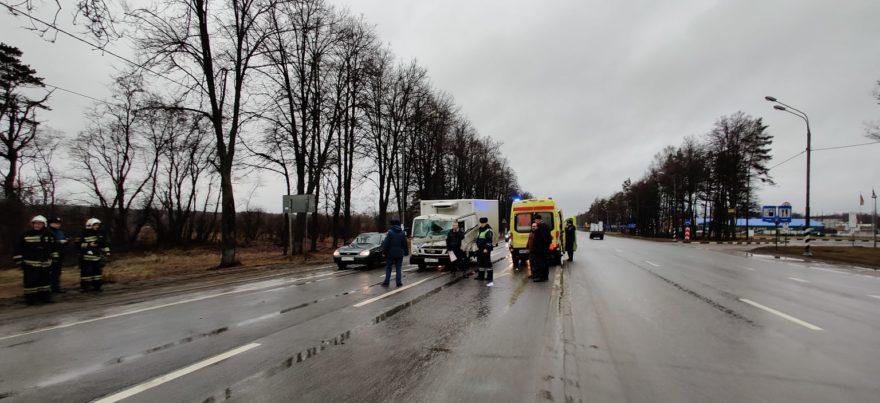 Вертолет забрал водителя, чудом выжившего в ДТП под Конаково