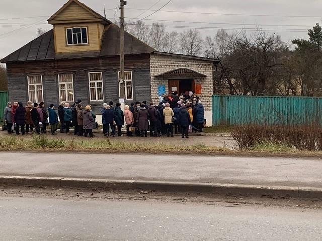 Игорь Руденя в Торжке резко изменил планы после жалоб на ЕРКЦ