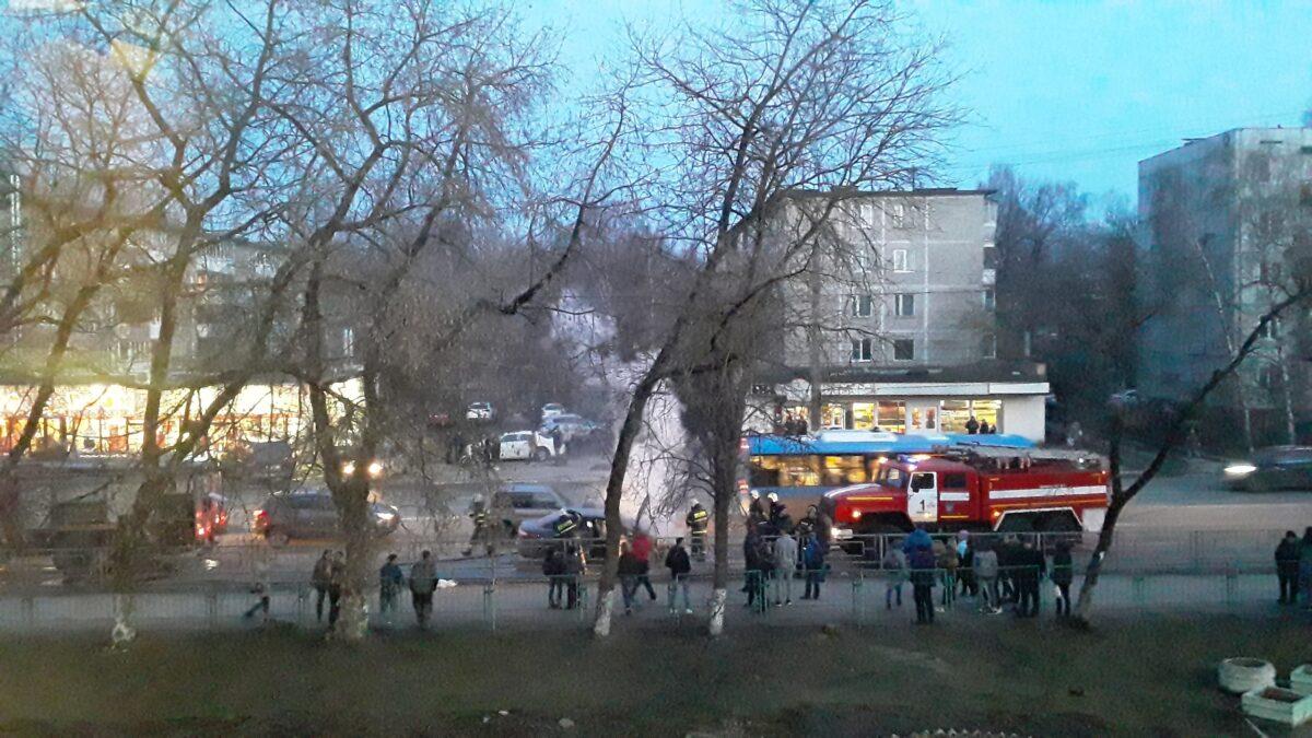 В соцсетях выложили видео, как в Твери загорелся автомобиль