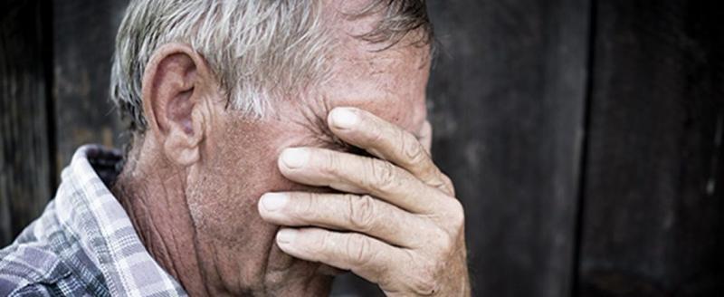В Сонковском районе мужчина ограбил беспомощного инвалида