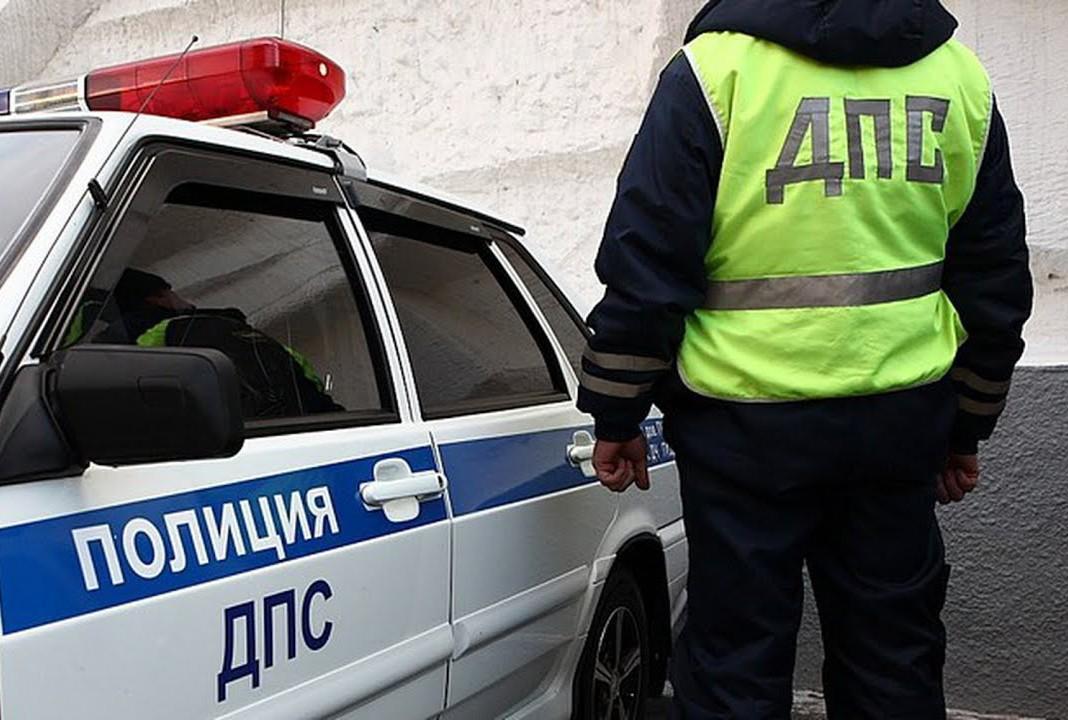 Пьяный водитель в Тверской области вылетел в кювет и перевернулся