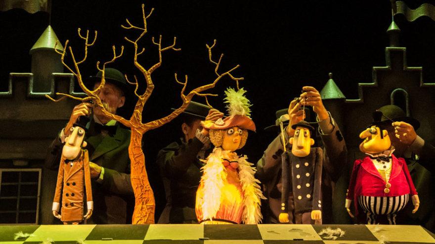 Жители Тверской области могут смотреть спектакли, концерты и экскурсии из дома
