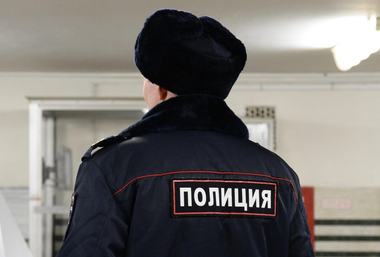 В Санкт-Петербурге из окна многоэтажки выпала уроженка Тверской области