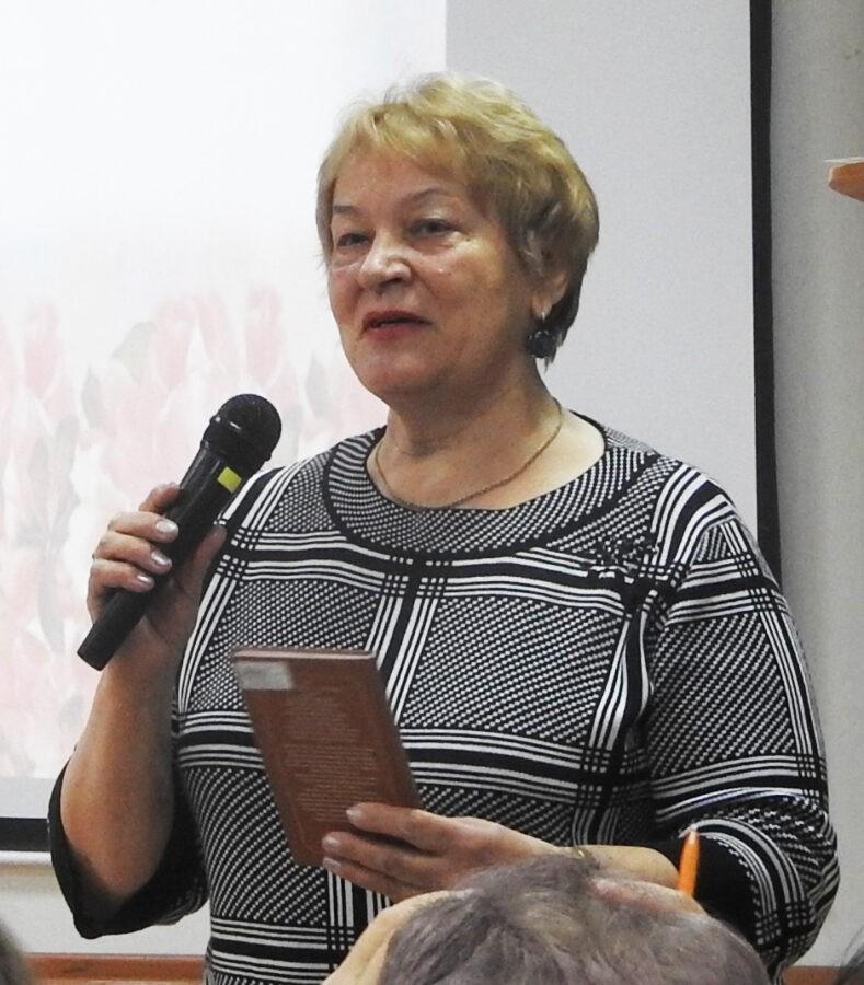 Жители Тверской области вместе пишут Книгу матери
