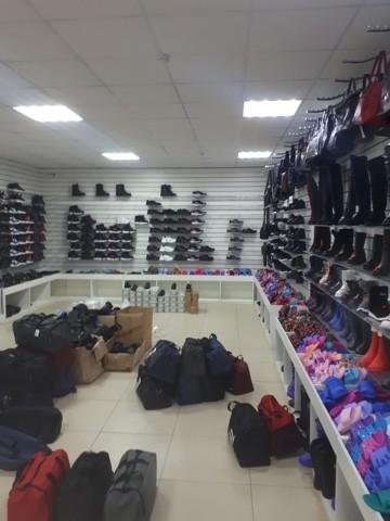 В Твери торговали поддельными брендовыми вещами