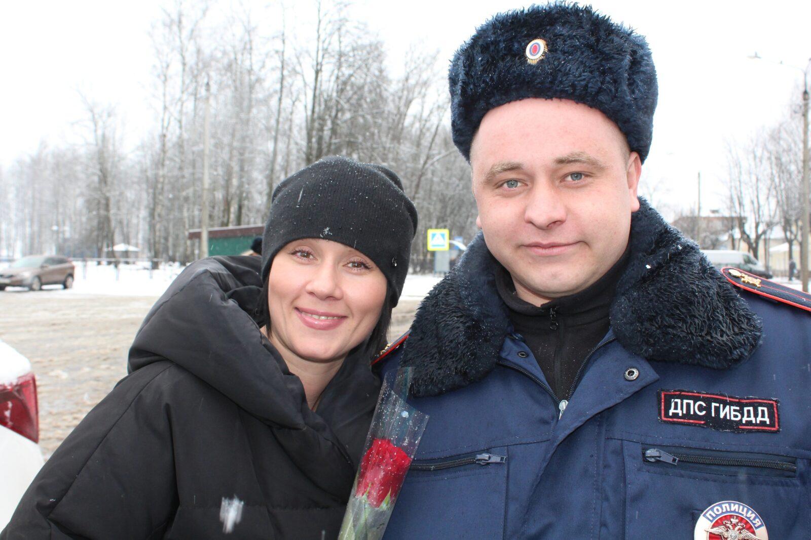 В Тверской области массово останавливали женщин-водителей