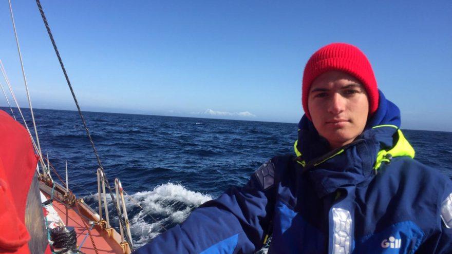 Молодой парень из Твери доплыл до Антарктиды и вернулся обратно