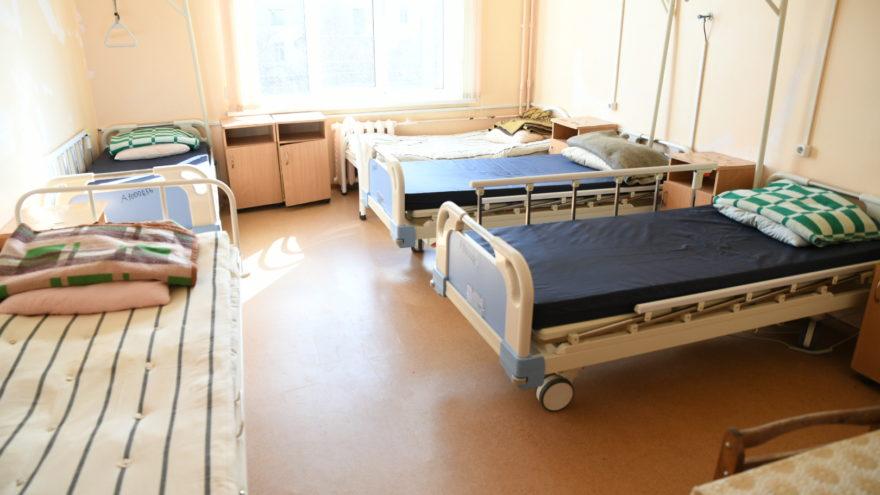 Игорь Руденя осмотрел инфекционный госпиталь на базе Калининской ЦРБ