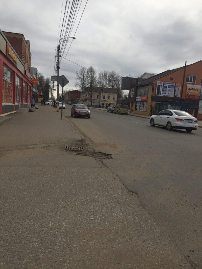 Местная жительница сфотографировала пустые улицы Вышнего Волочка