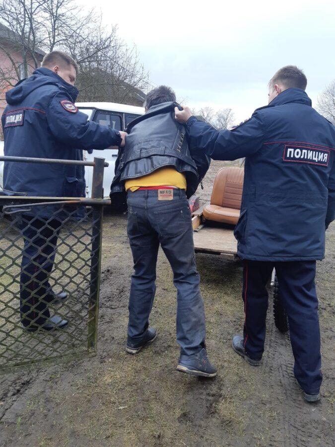 Полицейские задержали жителя Тверской области, который угрожал мужчине ножом