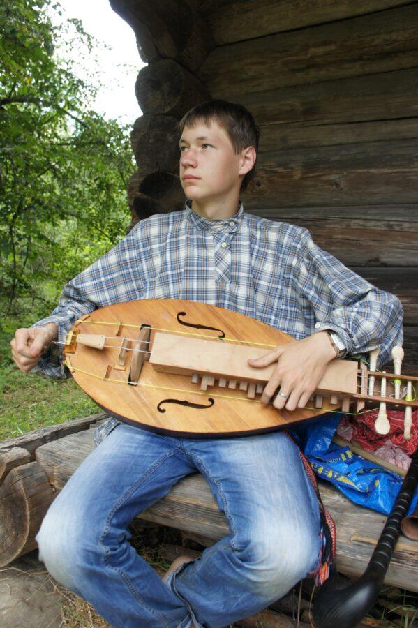 Музыкант из Тверской области нашел песню против коронавируса