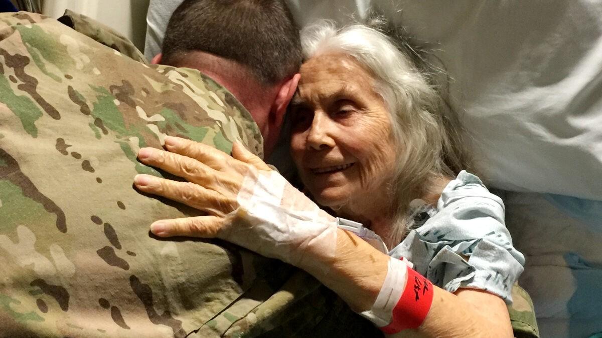 Благодаря бабушке тверской военнослужащий меньше просидит под арестом