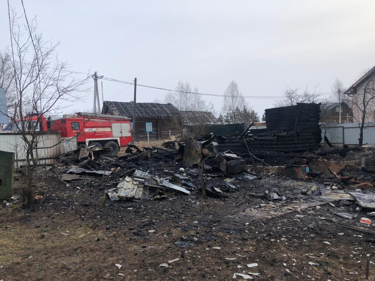 Во время тушения пожара в Тверской области нашли тело человека