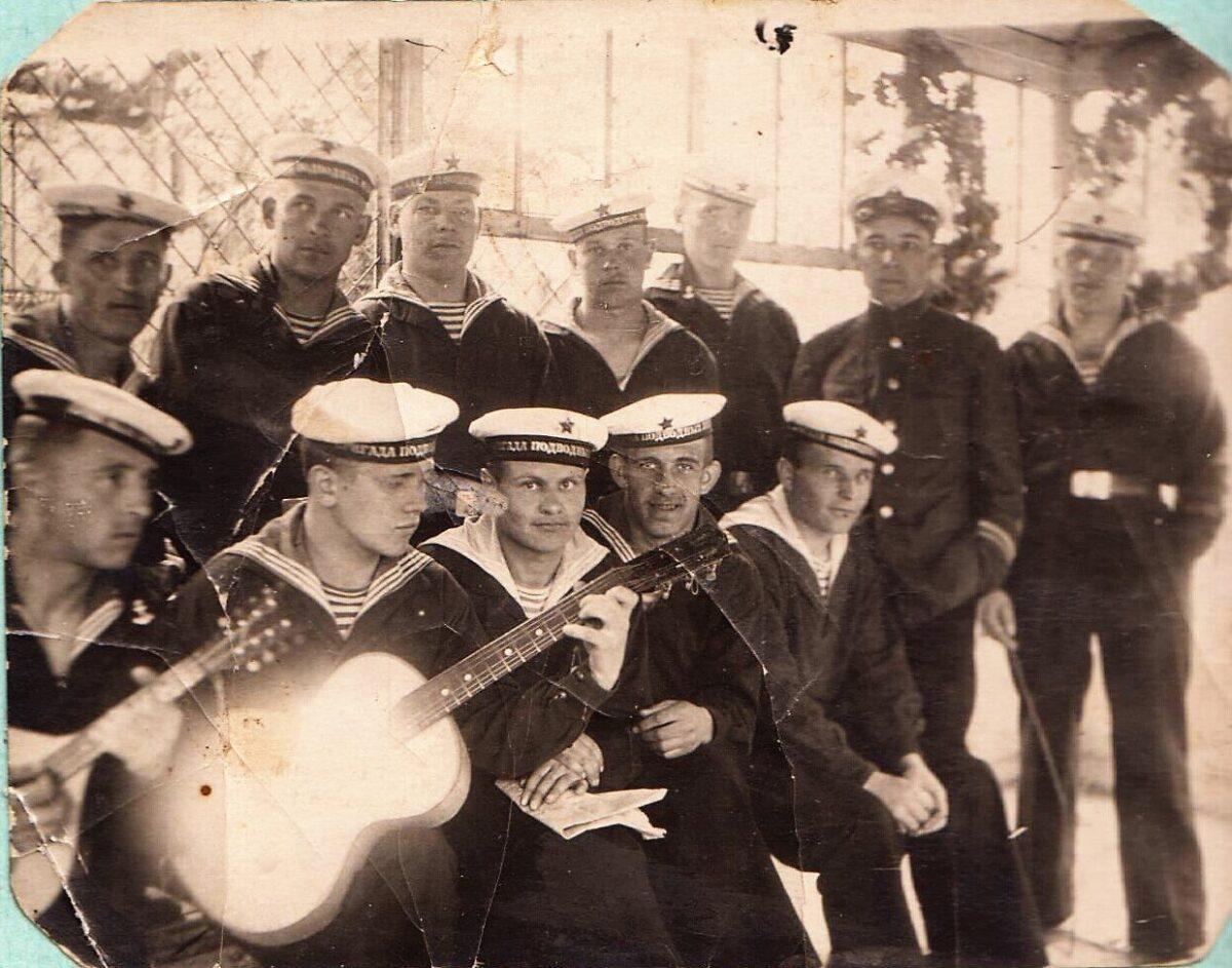 В Тверской области ищут родных моряка с легендарной подлодки Щ-317